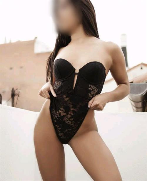 Mehraban, 24 años, escort en Lugo fotos reales