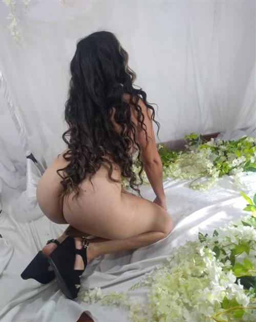 Lolis, 27 años, puta en Lleida fotos reales
