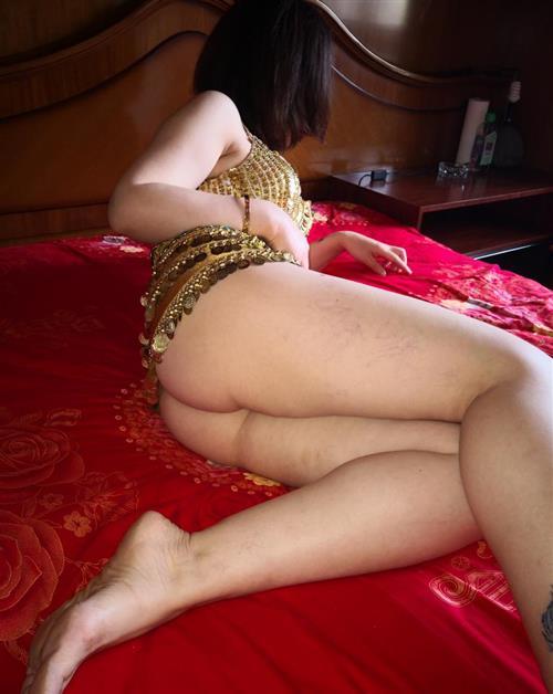 Suranji, 18 años, puta en Segovia fotos reales