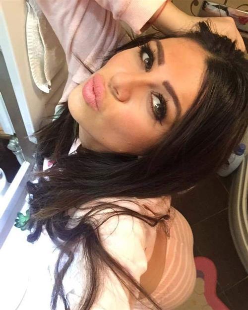 Joanna Sol, 24 años, puta en Alicante fotos reales