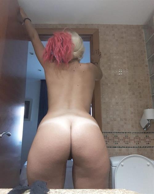 Ylberta, 27 años, puta en Ourense fotos reales