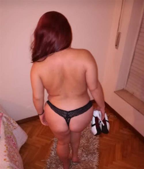 Valdenin, 31 años, puta en Valladolid fotos reales