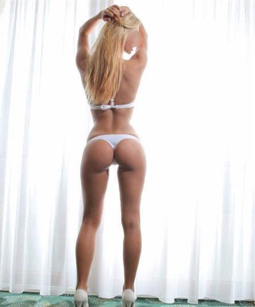 Elizabetta, 29 años, puta en Zaragoza fotos reales