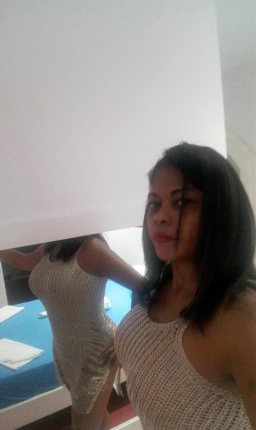 Mackeyla, 23 años, puta en Tarragona fotos reales