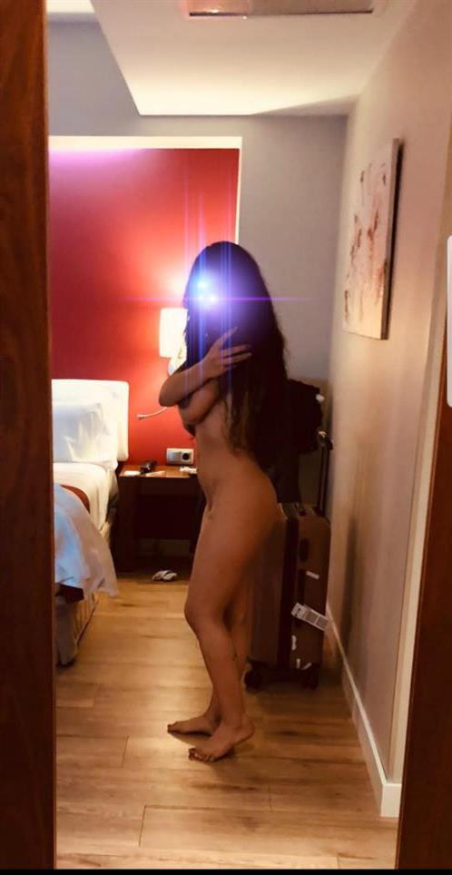 Mia_Model, 30 años, puta en Melilla fotos reales