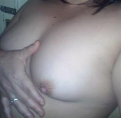 Najdha, 21 años, puta en Huelva fotos reales