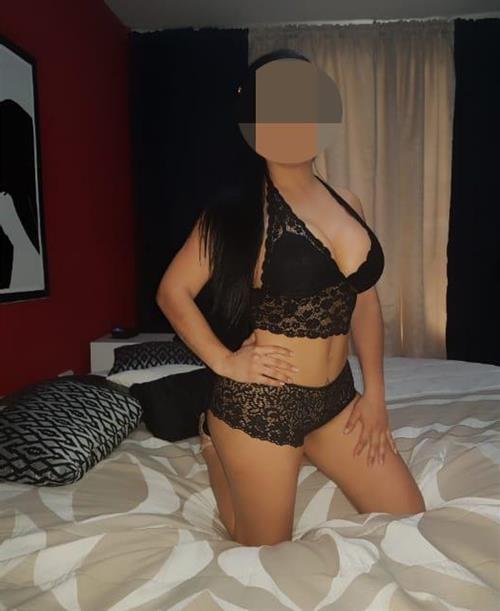 Siirat, 32 años, escort en Ávila fotos reales