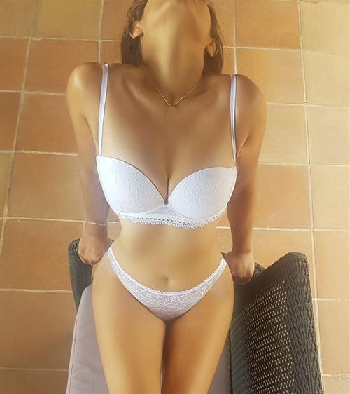 Lovvika, 27 años, escort en Lugo fotos reales