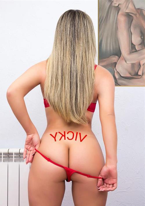 Assifuna, 32 años, puta en Soria fotos reales