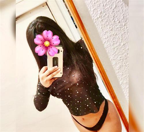 Santana, 19 años, puta en León fotos reales