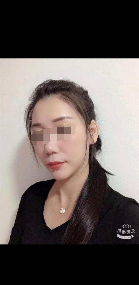 Tsnym, 29 años, escort en Soria fotos reales