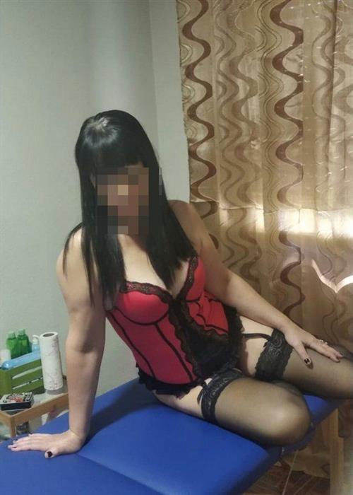 Kalbessa, 32 años, puta en Pontevedra fotos reales