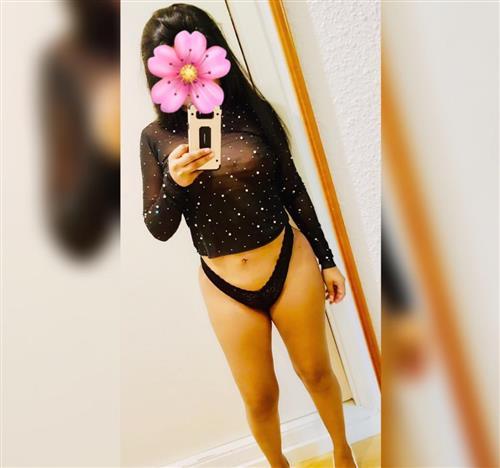 Malasi, 19 años, puta en Cuenca fotos reales