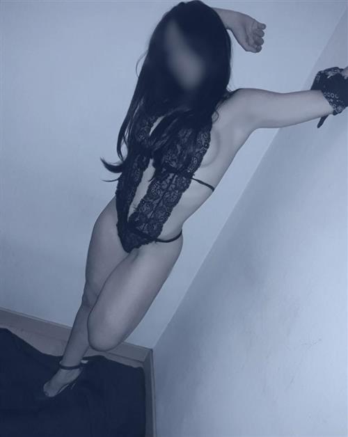 Wichelmine, 32 años, puta en Salamanca fotos reales