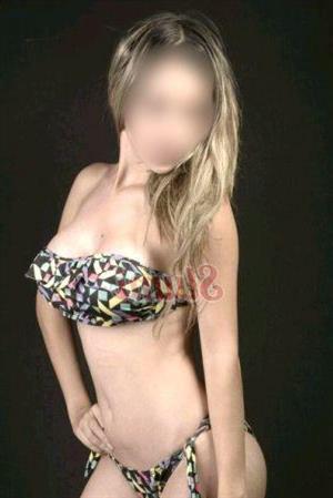 Joannet, 28 años, escort en Granada fotos reales