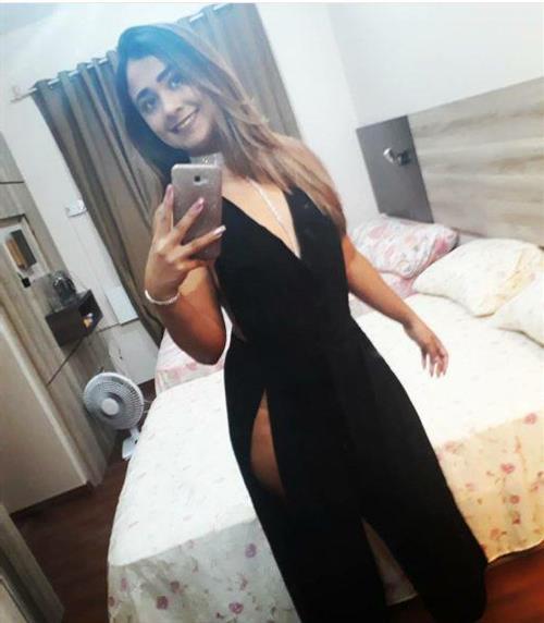Aynak, 20 años, escort en Sevilla fotos reales