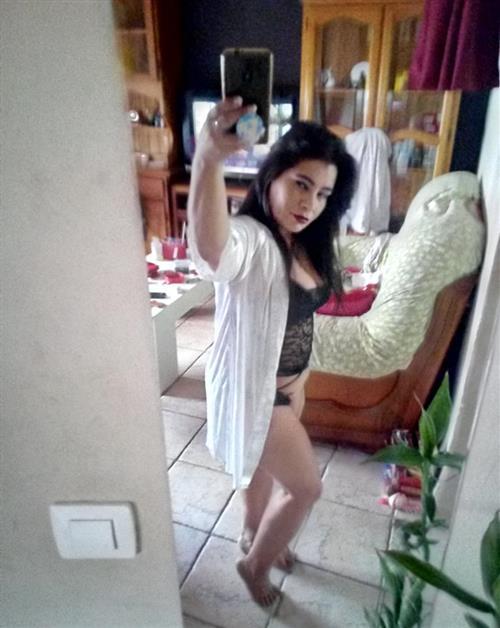 Gar Bo, 27 años, puta en Valladolid fotos reales