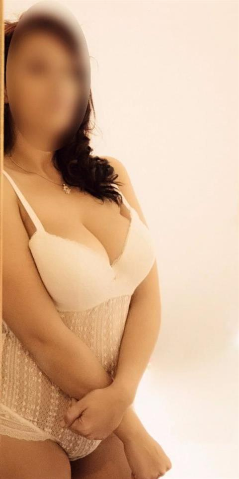 Wivie, 32 años, puta en Soria fotos reales