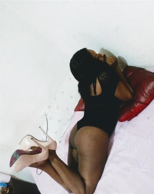 Arinett, 21 años, puta en Cuenca fotos reales