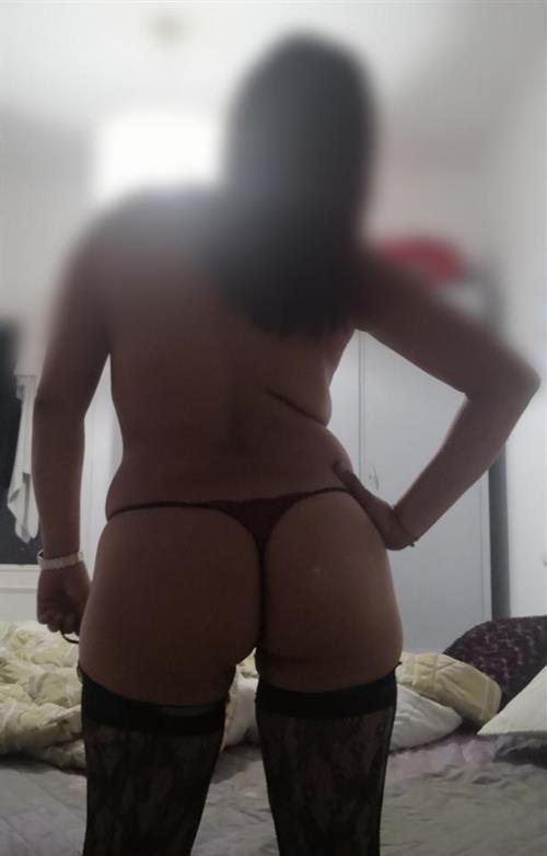 Mahaa, 22 años, puta en Madrid fotos reales