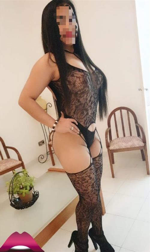 Lillevie, 21 años, puta en Valencia fotos reales