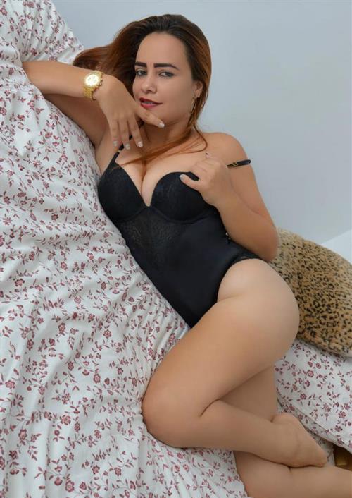 Pimtida, 18 años, puta en Murcia fotos reales